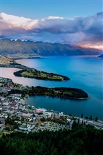 Lake Wakatipu, Queenstown, New Zealand iPhone Hintergrundbilder