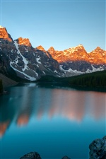 Moraine Lake, Banff National Park, Kanada, Berge, Dämmerung iPhone Hintergrundbilder